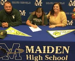 Maiden softball, volleyball players sign NLIs | Hdr | hickoryrecord.com