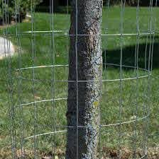 Attaching Wire Mesh To A Vinyl Or Wood Fence