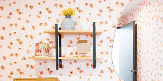 wallpaper installation professional