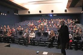 Velkomeziříčsko - Diváci v kině včera poprvé usedli do nových křesel