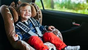 can you leave kids in a car rules