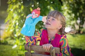 Рольова гра – панацея від багатьох психологічних проблем у дітей