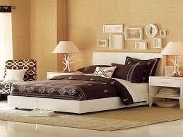 romantic bedroom wall decor ideas