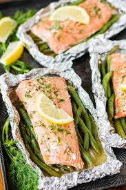 garlic butter Salmon in foil packets ...