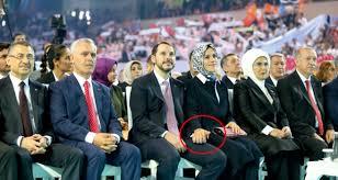 AK Parti Olağan Kongresi'ni Berat Albayrak ve Eşi El Ele İzledi ...