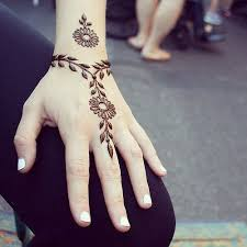 latest henna designs images