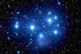 Câte stele sunt pe cer? Nouă mii nouă sute nouăzeci şi nouă ...