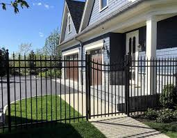 Secure Industrial And Domestic White Beach Fence Best Orlando Fence