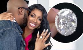 RHOA's pregnant Porsha Williams showcases her 17 CARAT engagement ring |  Daily Mail Online