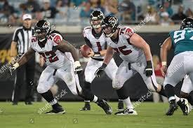 Atlanta Falcons offensive guard Adam Gettis 72 Editorial Stock ...