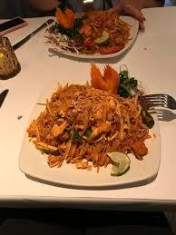 picture of cuisines prathet thai
