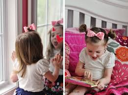 minnie mouse hairbow hairstyle