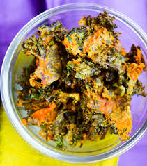 cheezy y kale chips