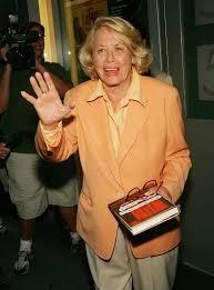 Liz Smith, Longtime Gossip Columnist, Dies At 94 : The Two-Way : NPR