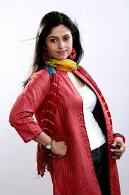 Nadhiya Photos gallery - Exclusive (4)