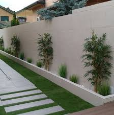 Gorgeous 50 Fabulous Side Yard Garden Design Ideas And Remodel Https Coachdecor Co Courtyard Gardens Design Beautiful Gardens Landscape Side Yard Landscaping