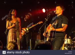 Amanda Sudano and Abner Ramirez of Johnnyswim perform live on stage Stock  Photo - Alamy