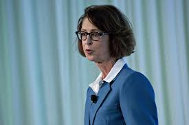 Q&A with Abigail Johnson and Kathleen Murphy of Fidelity ...