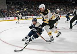NHL - Safe to say Zdeno Chara has a few inches on Nathan... | Facebook