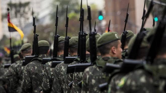 SENADO APROVA PROPOSTA QUE ALTERA REGRAS PARA APOSENTADORIA DE MILITARES
