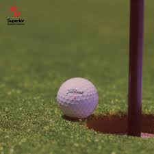 it cost to host a golf tournament
