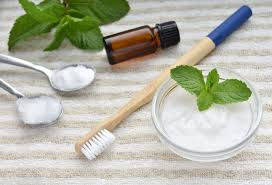 natural homemade toothpaste bamboo