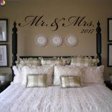 Mr Mrs Custom Date Wall Sticker Bedroom Sofa Wedding Room Party Love Quote Wall Decal Family Vinyl Home Decoration Art Mural Leather Bag