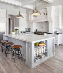 paint my kitchen with white cabinets