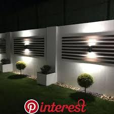28 Gorgeous Front Fence Lighting Ideas To Apply Now 28 Gorgeous Front Fence Lighting Ideas Outdoor Gardens Design Backyard Garden Design Modern Garden Design