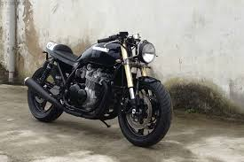 faves zephyr zr750 cafe racer from