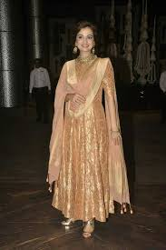 dia mirza the beauty indian outfits