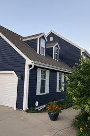 navy blue exterior colors trending