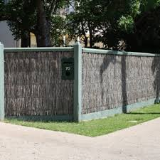 Natural Brushwood Screen Fencing 100 Blockout Chippy S Outdoor Melbourne