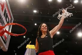 Dayton head coach Shauna Green holds net Editorial Stock Photo ...