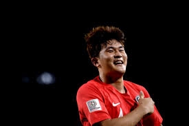 SKY SOURCES signing defender Kim Min Jae Read Transfer Centre SSNVE  TransferCentre | Sky Sports News