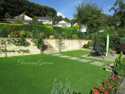 putting green in your home or garden