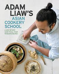 Adam Liaw's Asian Cookery School: Liaw, Adam: 9780733639302: Amazon.com:  Books