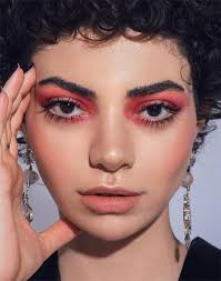 could candy pink eyeshadow be the next