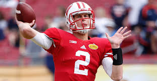 Wisconsin is sticking with Joel Stave as the starting quarterback | Fanbuzz