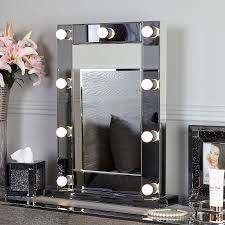 mirror with 9 dimmable led light bulbs