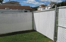 Vinyl Slated Chain Link Buetts Fence