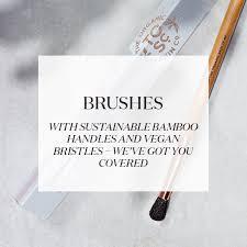 makeup artist brush set and makeup