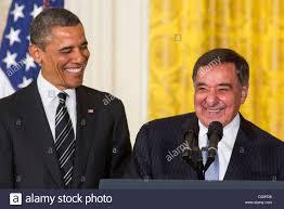 President Barack Obama and outgoing Secretary of Defense Leon ...