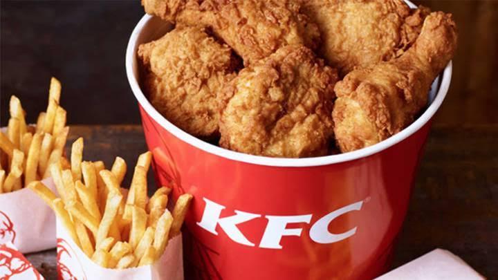 KFC NOS ENGAÑAA.???