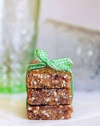oatmeal raisin cookie larabars