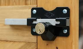 gate locks latches and hinges com