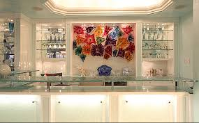 using glass to enhance your home bar