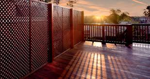 Ergeon Choosing The Right Fence Material And Design