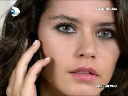 turkish actress beren saat s makeup