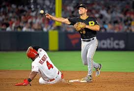 Pirates second baseman Adam Frazier named Gold Glove finalist ...